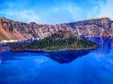 Free Mount Mazama Royalty Free Stock Photography - 83010647
