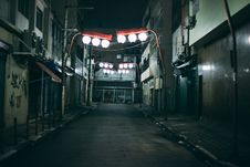 Free Alleyway In Asian Town Stock Photos - 83010853
