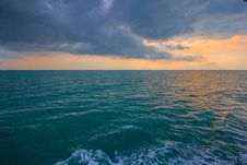 Free Sunset Over Ocean Waves Royalty Free Stock Image - 83011516