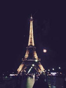 Free Eiffel Tower, Paris, France At Night Stock Image - 83012131
