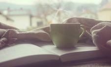 Free White Hot Mug On Book Near Linen Royalty Free Stock Photo - 83012385