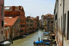 Free Venice Canals Royalty Free Stock Photo - 83013895