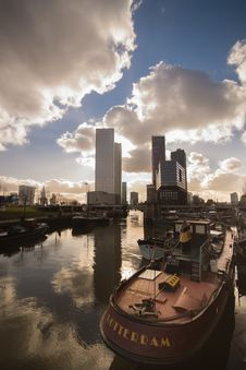 Free Rotterdam, Netherlands Skyline Royalty Free Stock Photography - 83014617