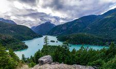 Free Mountain Lake Royalty Free Stock Images - 83016239