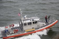 Free White Orange U.S. Coast Guard Boat On The Sea Royalty Free Stock Photography - 83017517
