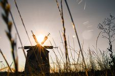 Free Silhouette Of Windmill During Daytime Stock Images - 83018004