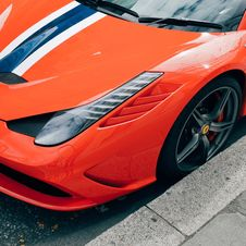 Free Orange Ferrari Stock Photo - 83019030
