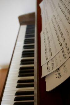 Free Piano Music Notes Royalty Free Stock Photo - 83019455