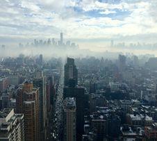 Free New York City Skyline In Fog Stock Photo - 83020030