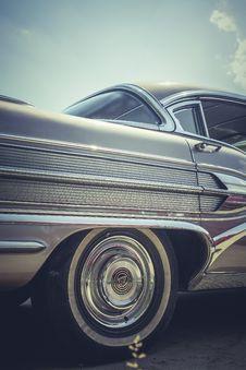 Free Classic Car Royalty Free Stock Photos - 83020268