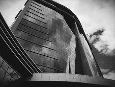 Free Low Angle View Of Building Against Sky Stock Photography - 83021922