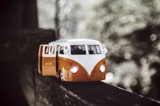 Free White Orange Van Scale Model Stock Image - 83024041