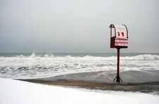 Free Beach With No Swimming Notification Royalty Free Stock Photos - 83025168