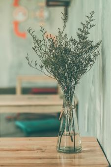 Free Vase Of Herbs Stock Image - 83035581