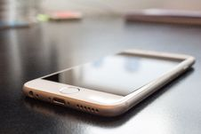 Free Apple IPhone 6 Smartphone Royalty Free Stock Photography - 83036087