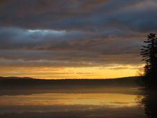 Free Sunrise Over Lake  Stock Image - 83036891