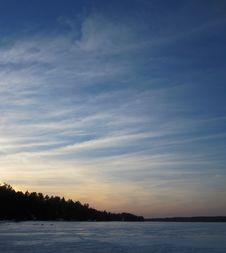 Free Blue Sky And Frozen Lake Stock Photo - 83037120