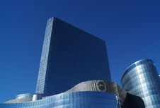 Free Blue Concrete Building Under Blue Sky Royalty Free Stock Photos - 83038268