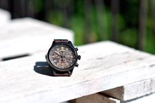 Free Mens Watch On Wood Stock Photography - 83038462