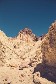 Free Brown Rock Formation Under Blue Sky Stock Image - 83057971