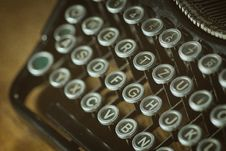 Free Shallow Photoghrapy Of Black And Gray Type Writer Keys Stock Image - 83057991