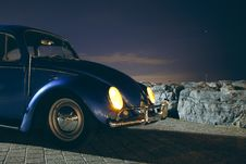 Free Blue Volkswagen Beetle Car Near Cliff During Night Time Stock Photos - 83058343