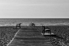 Free Grayscale Photo Of Bicycle Beside Seashore Royalty Free Stock Photography - 83058387