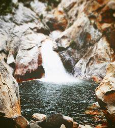 Free Waterfall Near Brown Rocks Royalty Free Stock Photos - 83059328