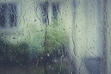Free Water Droplets On Clear Glass Stock Images - 83059604