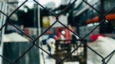 Free Black Chain Link Fence Stock Photos - 83059953