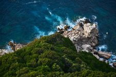 Free Top View Of Green Rocky Island During Daytime Royalty Free Stock Photography - 83060037