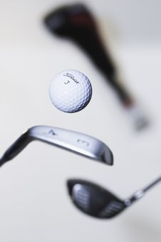 Free Golf Ball And Clubs Royalty Free Stock Photography - 83060497