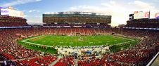 Free Nfl Stadium Field Full With Crowd Watching The Game During Daytime Stock Images - 83060854