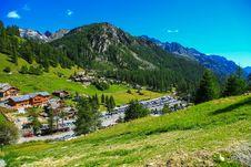 Free Mountain Village In Italy Royalty Free Stock Photo - 83061285