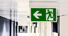 Free Green And White Male Gender Rest Room Signage Stock Image - 83061631