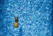 Free Pineapple In Swimming Pool Royalty Free Stock Image - 83061886
