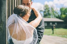Free Bridal Couple Dancing Outdoors Royalty Free Stock Image - 83061916