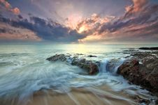 Free Long Exposure On Beach Royalty Free Stock Photography - 83062077