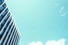 Free High Rise Building Under White Clouds And Blue Sky Royalty Free Stock Images - 83062209