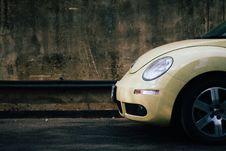 Free Beige Volkswagen Beetle Stock Image - 83062241