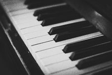 Free Piano Keys Stock Photos - 83062393