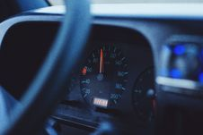 Free Speedometer On Car Dashboard Stock Photography - 83062432