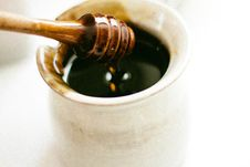 Free Honey Pot And Dipper Royalty Free Stock Photos - 83062678