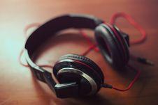 Free Audio Headphones Stock Images - 83062914