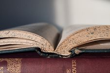 Free Closed Up Photo Of An Open Book Royalty Free Stock Photo - 83062945