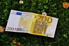 Free 200 Euro Stock Photos - 83063193