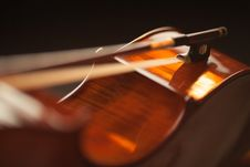 Free Cedar Top Violin Royalty Free Stock Photography - 83063417