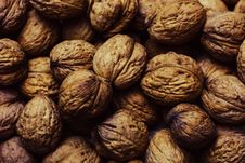 Free Whole Walnuts Stock Images - 83063844