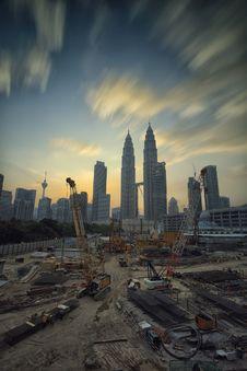 Free Yellow Tower Crane Stock Photo - 83064040