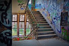 Free Graffiti Wall With Wrought Iron Donwstairs Stock Photo - 83064540